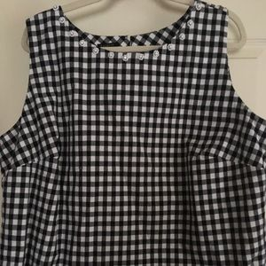 ADORABLE cotton gingham top.  Never worn. Lined